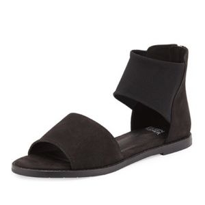 Eileen Fisher Black Sign Flats Tumbled Sandals